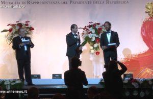 """Alessandro Regoli di Winenews:Premio """"Miglior testata web"""". Oscar del Vino 2012 , Premio """"Miglior testata web"""" a WineNews."""