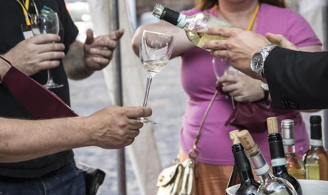 """""""Wine Show"""" e """"Due Mari WineFest"""": il gemellaggio delle due manifestazioni entrambi giunti alla terza edizione"""